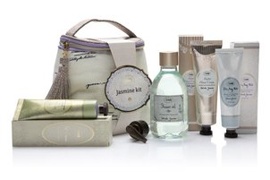 Product Catalogue Gift Set Bright Jasmine