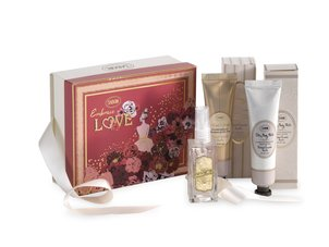 Gifts for Her Gift Set Love Story