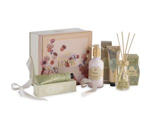Gifts for Her Gift Set Embrace Love